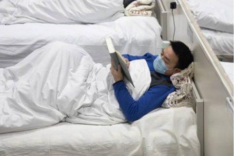 """从方舱医院的""""读书哥"""",到泷涛环境的""""读书会"""""""
